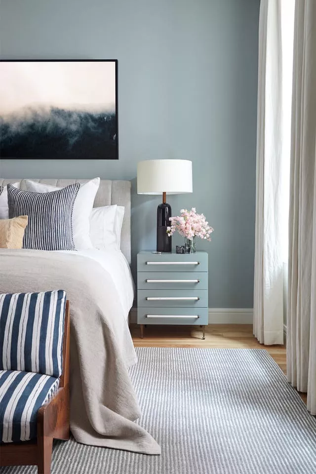 11 Beautiful And Relaxing Paint Colors For Master Bedrooms In 2020 Bedroom Paint Colors Master Master Bedroom Paint Romantic Bedroom Decor