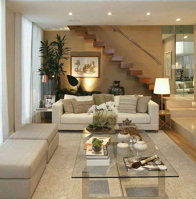 Viviendas. Elegante diseño de sala estar, donde destaca un ambiente ...