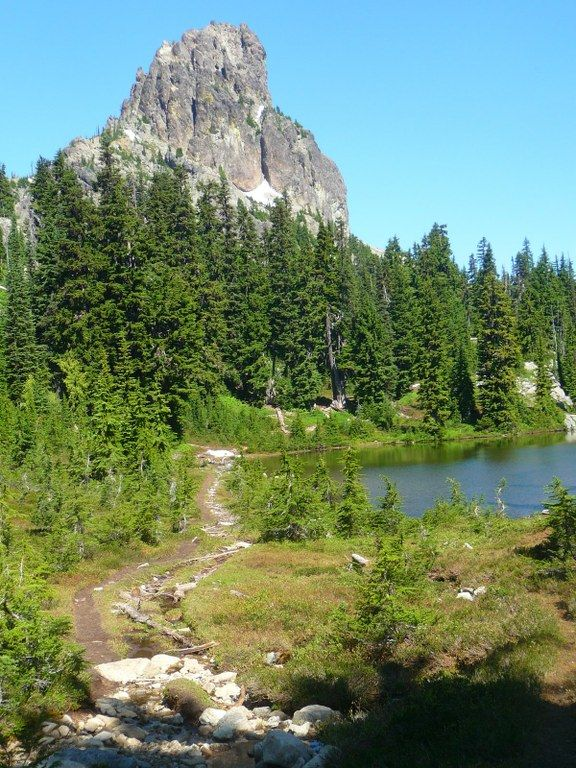Pacific Crest Trail (PCT) Section J - Snoqualmie Pass to Stevens Pass - East