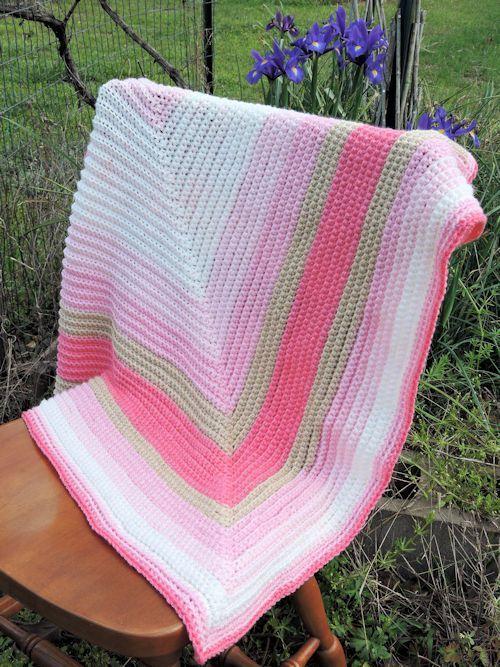 CrochetKim Free Crochet Pattern | Straight to the Heart Baby Blanket ...