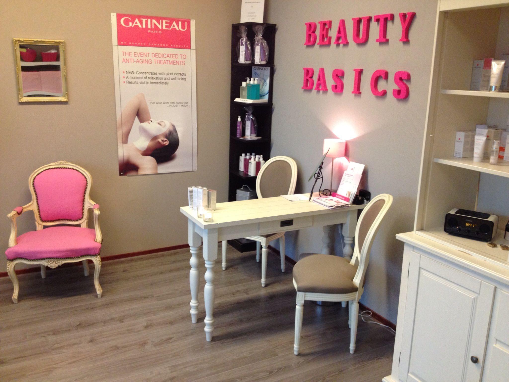 Schoonheidssalon schoonheid pinterest salons spa for Kapsalon interieur