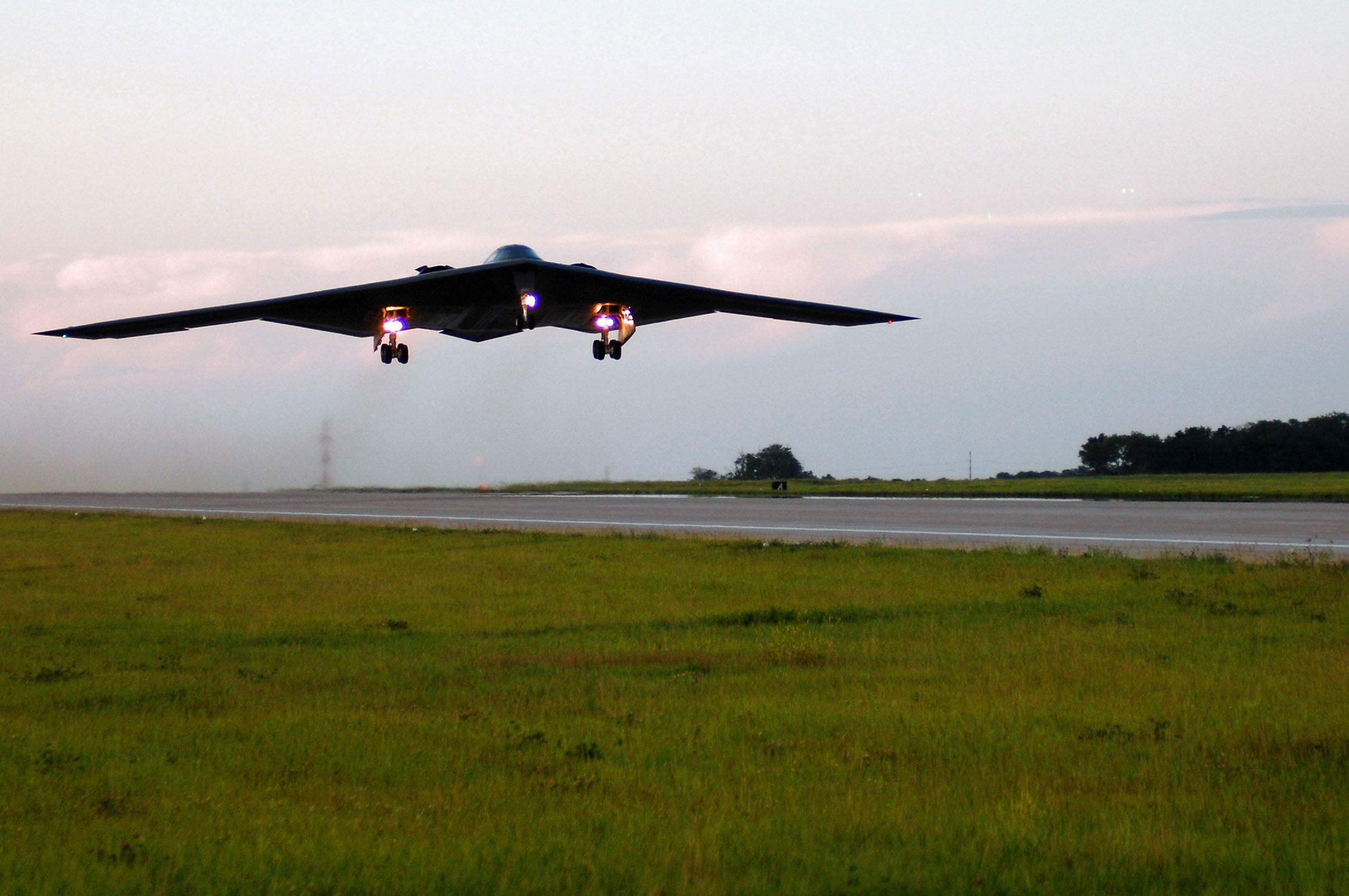 B1B Bomber | B1B Bomber | Pinterest | Bombers and Planes