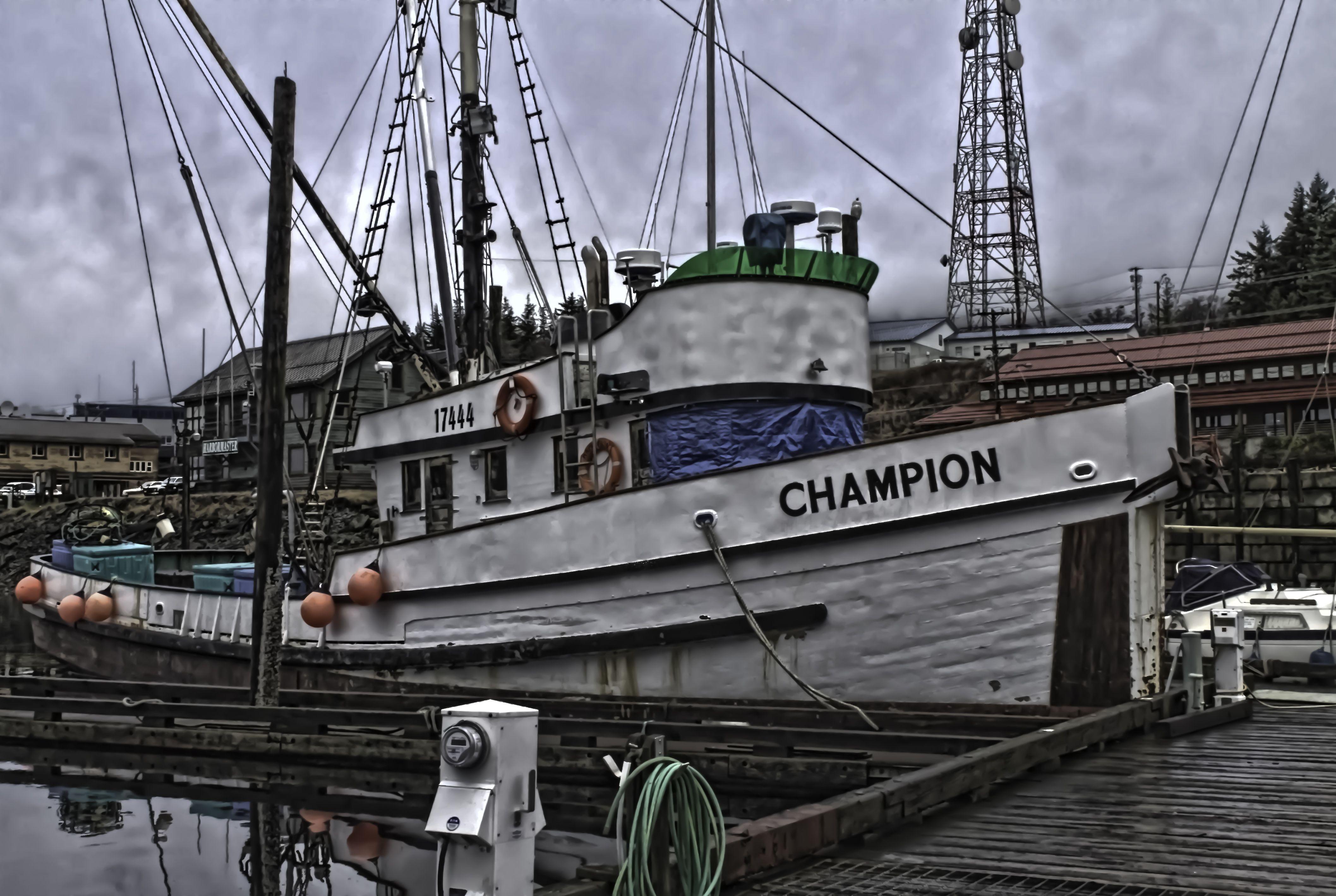 FV Champion Boat, Marina bay sands, Marina bay