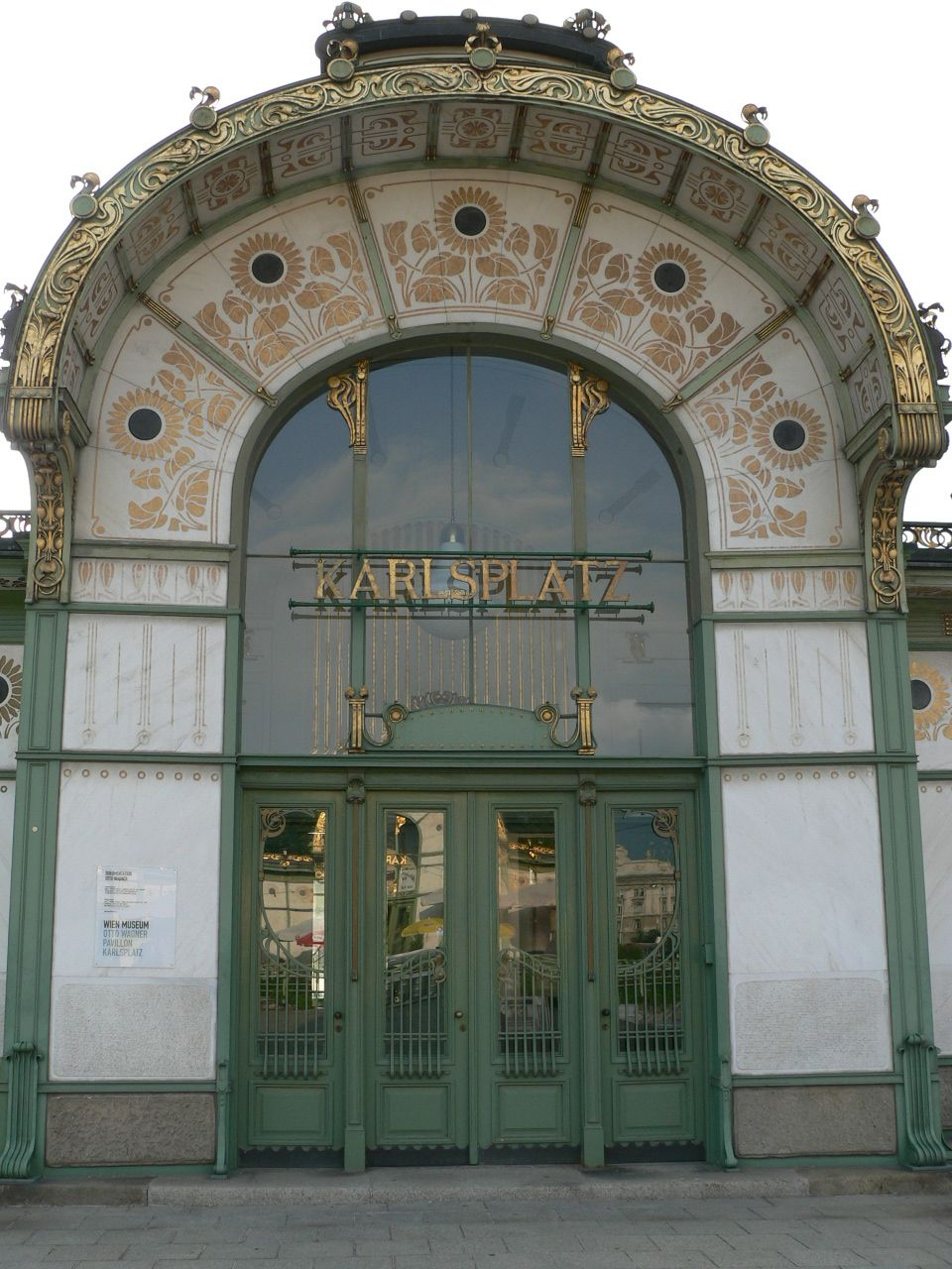 #Karlsplatz in #Vienna #austria