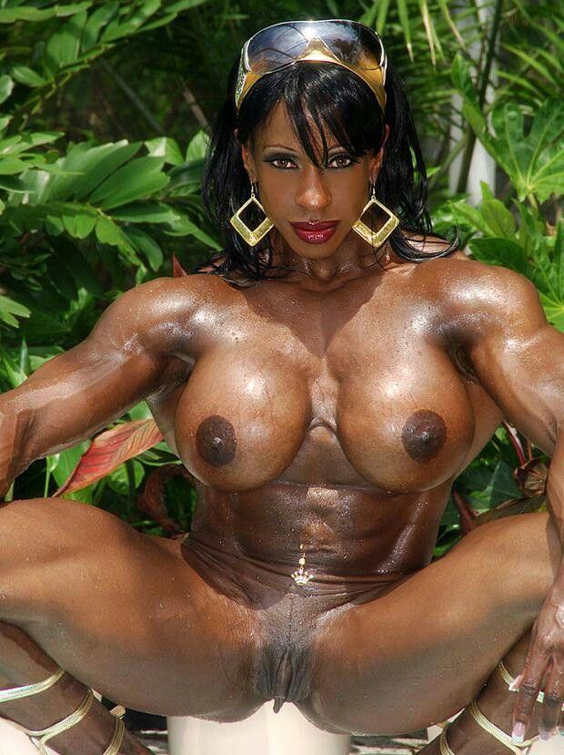 Pin By Steffi On Yvette Bova    Ebony Muscle -9168