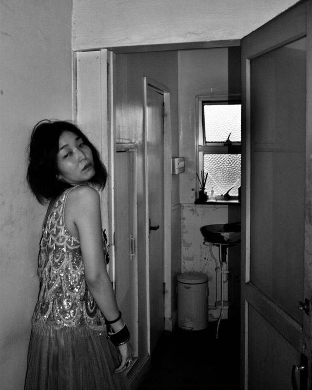 #ポートレート #portrait #ポートレートモデル募集 #jp_portrait部 #good_portraits_world  #スクリーンに恋して #hibi_jp #その瞬間に物語を #生活とフィルム  #フィルムに恋してる #何気ない瞬間を残したい #写真で伝える私の世界 #キリトリセカイ #デジタルでフィルムを再現したい #撮るを楽しむ #jp_mood #jp_phos #whim_life #広がり同盟 #rox_captures #screen_archive #ifyouleave #coregraphy #indy_photolife #2_fineart  #reco_ig #indeis_gram #HUEART_life #関西写真部  #関西写真部share  photo @ame.ga.futterune