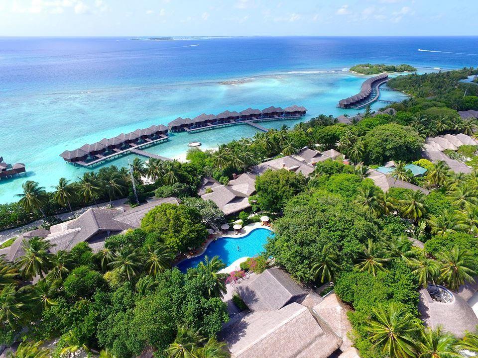 5 Reasons To Visit Sheraton Maldives Full Moon Resort Moon Resort Visit Maldives Maldives Destinations