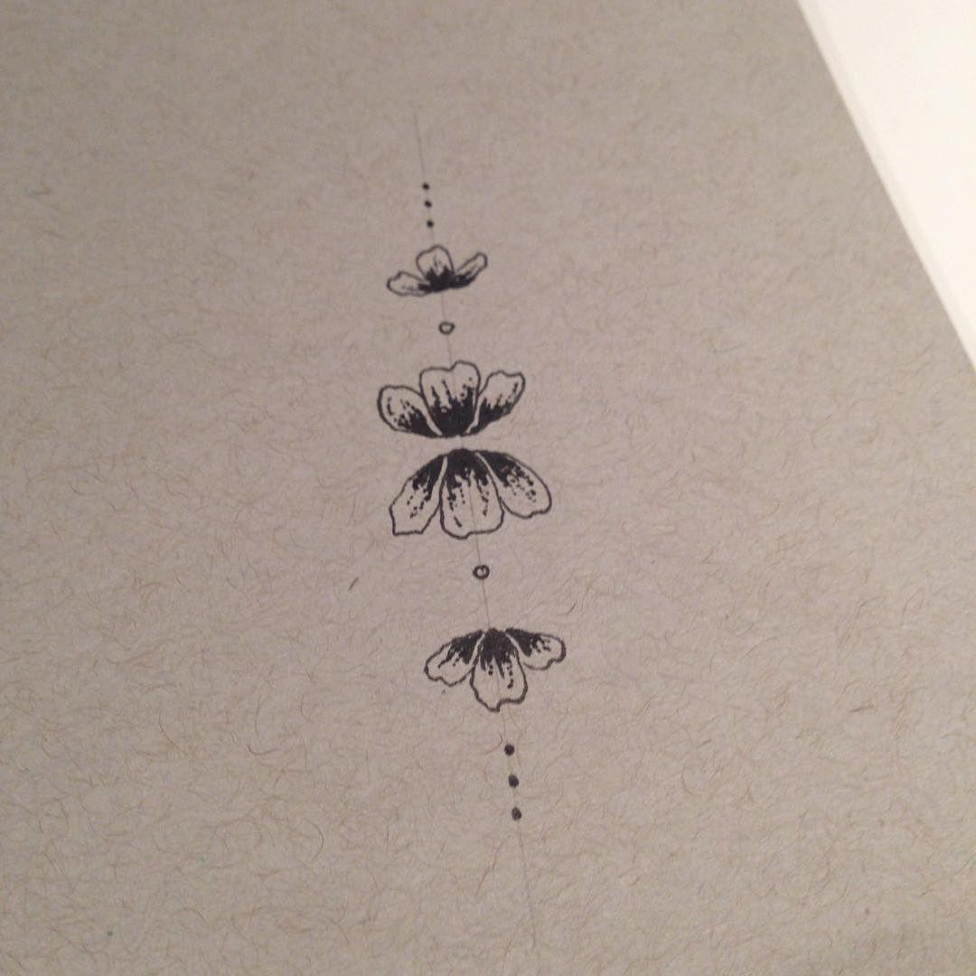 Minimalist tattoo ideas tattoo art flowers http ift for Minimal art generator