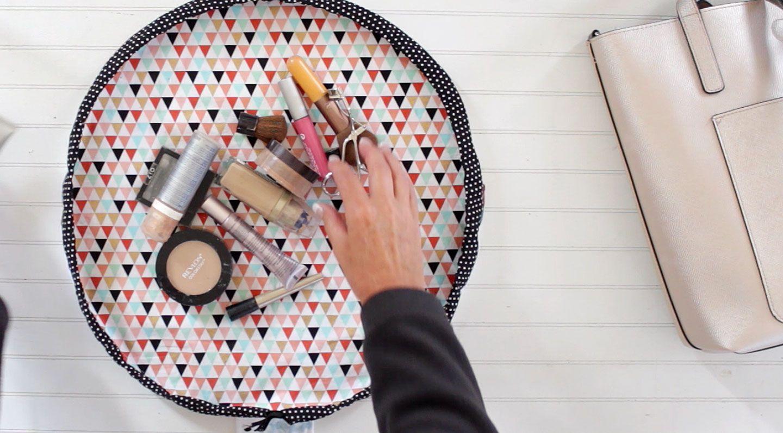 DIY Round Drawstring Makeup Bag Diy makeup bag