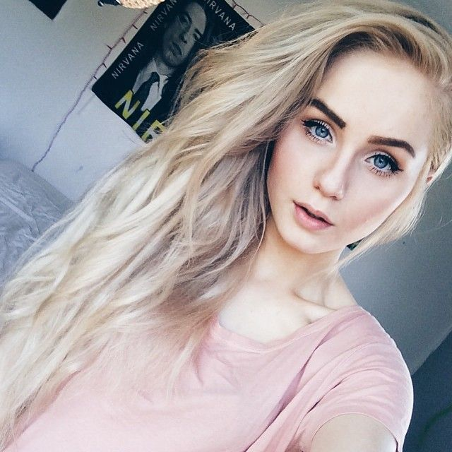 Image result for blonde hair dark brows   Hair beauty ...