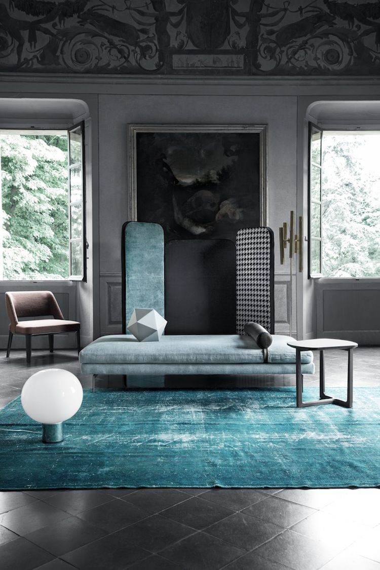 Akzent Im Extravaganten Interior   Vintage Teppich In Türkis Und Grau
