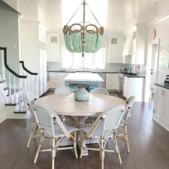 White Coastal Modern Kitchen