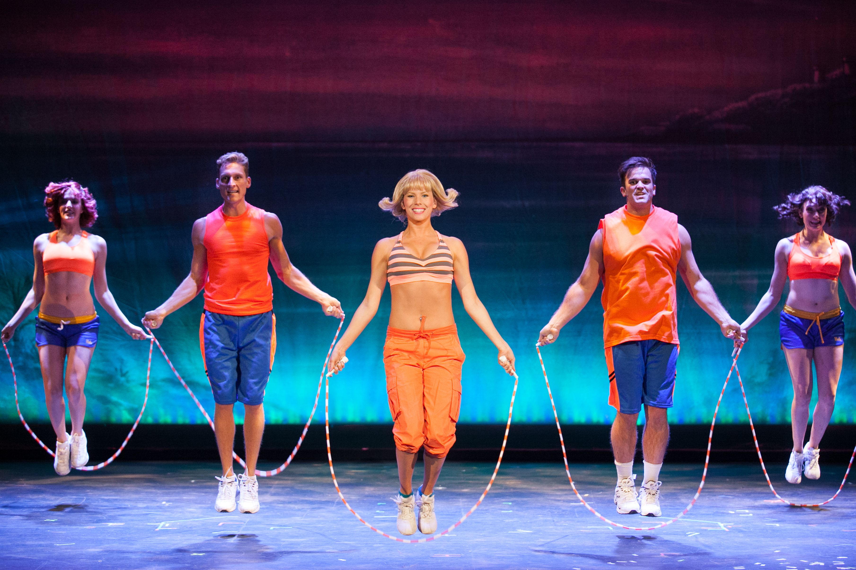 Blond Item 3 D Theatricals Legally Blonde The Musical Raises