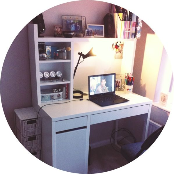 love my new ikea micke desk bureau office pinterest bureau deco chambre fille et chambre. Black Bedroom Furniture Sets. Home Design Ideas