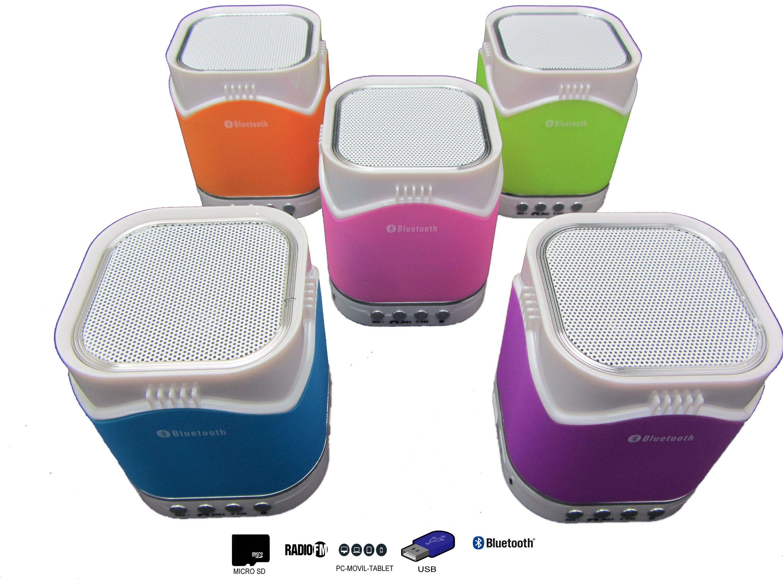 Altavoz Mini Con Bluetooth, Radio, MicroSD y USB Modelo 9207 - Altavoz MiniCon Bluetoothcon Radio, MicroSD y USB   Además con el Altavoz Mini Con Bluetoothpodrás disfrutar de todas las emisoras de la Radio FM para que no te pierdas tus programas favoritos. El Altavoz Mini Con Bluetoothes compatible con tarjetas SD, MicroSD, reproduce tu músi... - http://www.vamav.es/producto/altavoz-mini-con-bluetooth-radio-microsd-y-usb-modelo-9207/