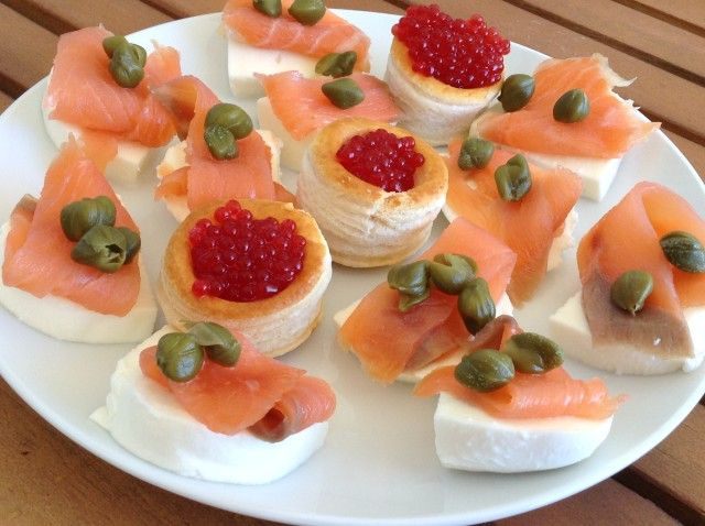 Canap s de salm n ahumado recipe for Canape de salmon ahumado