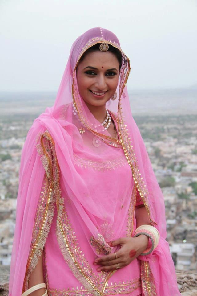 Rajasthani bride #mona Maheshwari this one\'s for you | dress | Pinterest