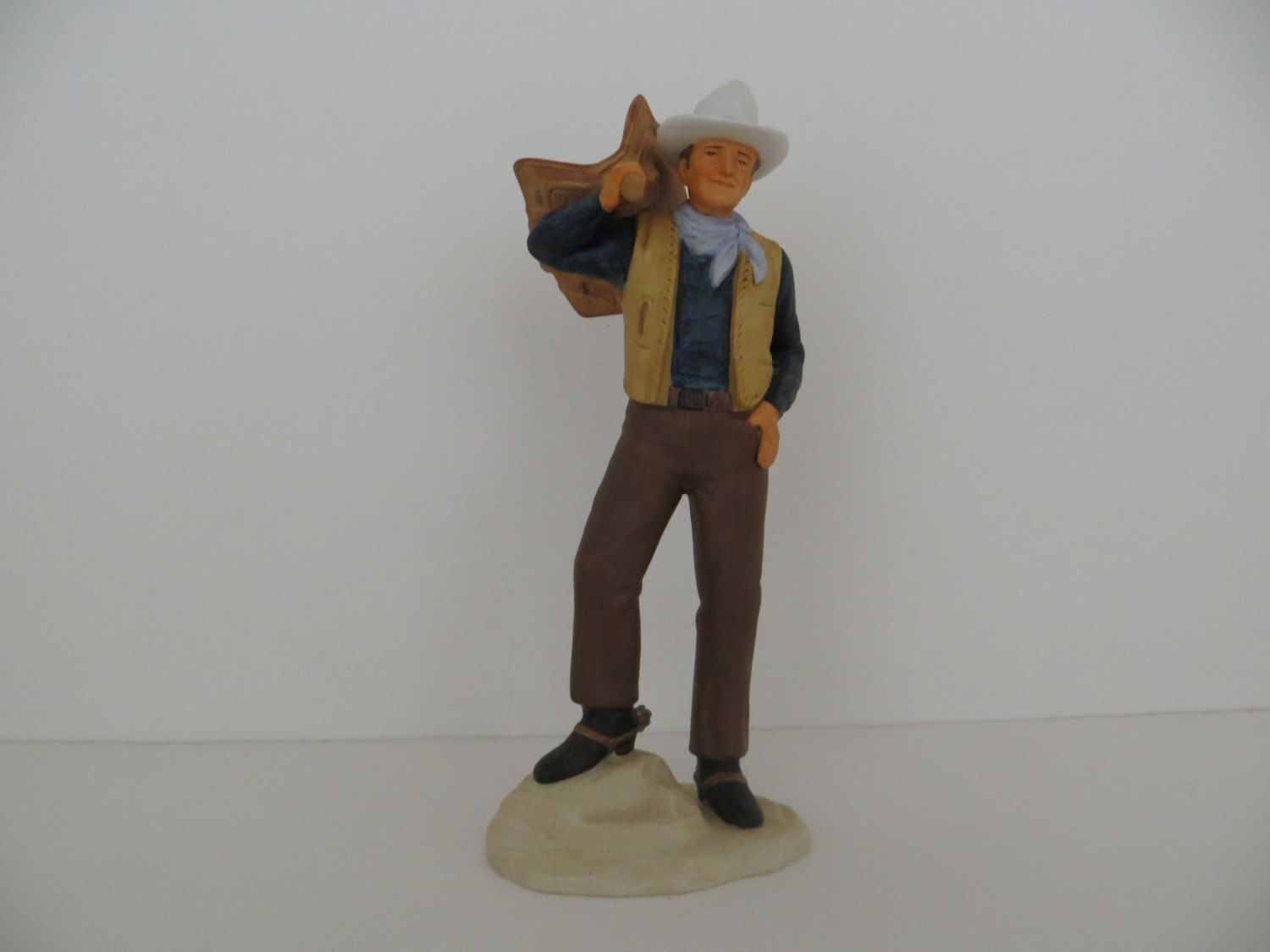 reduced price avon images of hollywood john wayne porcelain figurine as bob seton in dark command by rampasfinds on etsy vintage avon avon hollywood hollywood john wayne porcelain figurine
