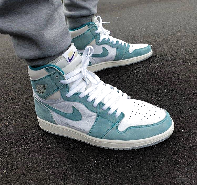Air Jordan 1 Retro High OG Turbo Green - Air Jordan - 555088 ...