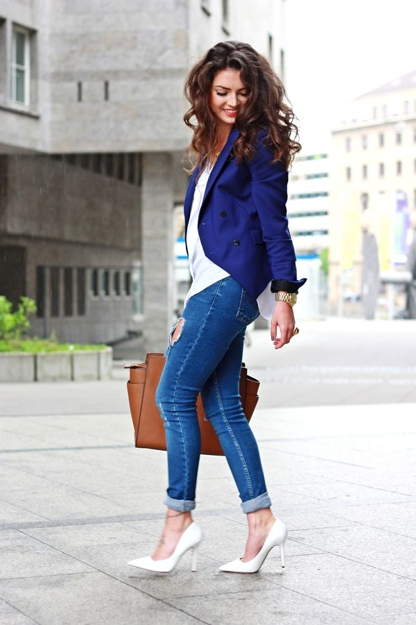 chemisier blanc et jean glamour look en 2019 mode tendance mode bleu et mode femme. Black Bedroom Furniture Sets. Home Design Ideas