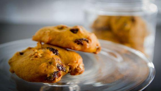 Biscuits à la courge, pacanes et canneberges - Recettes de cuisine, trucs et conseils - Canal Vie