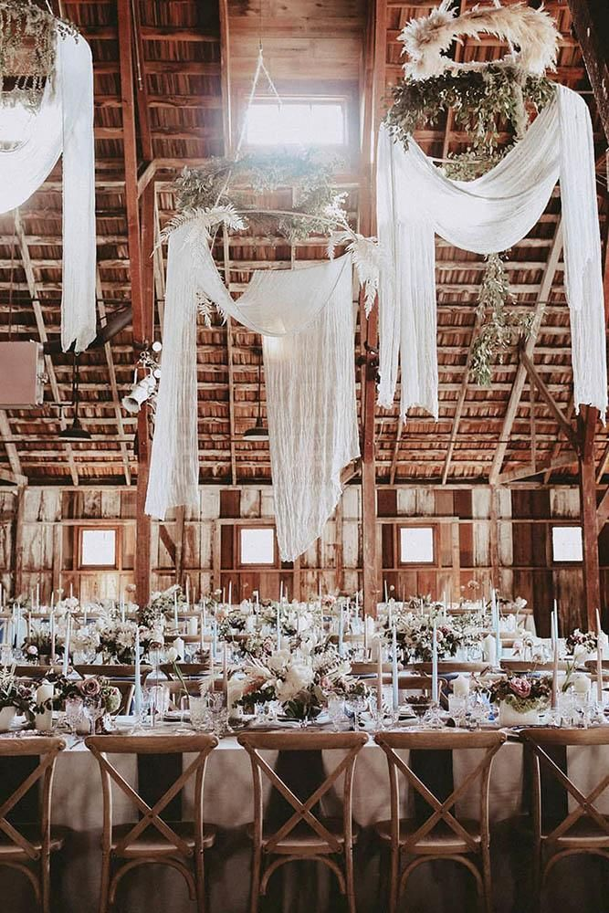 30 Creative Ways To Decorate Barn Wedding | Wedding Forward #barnweddings