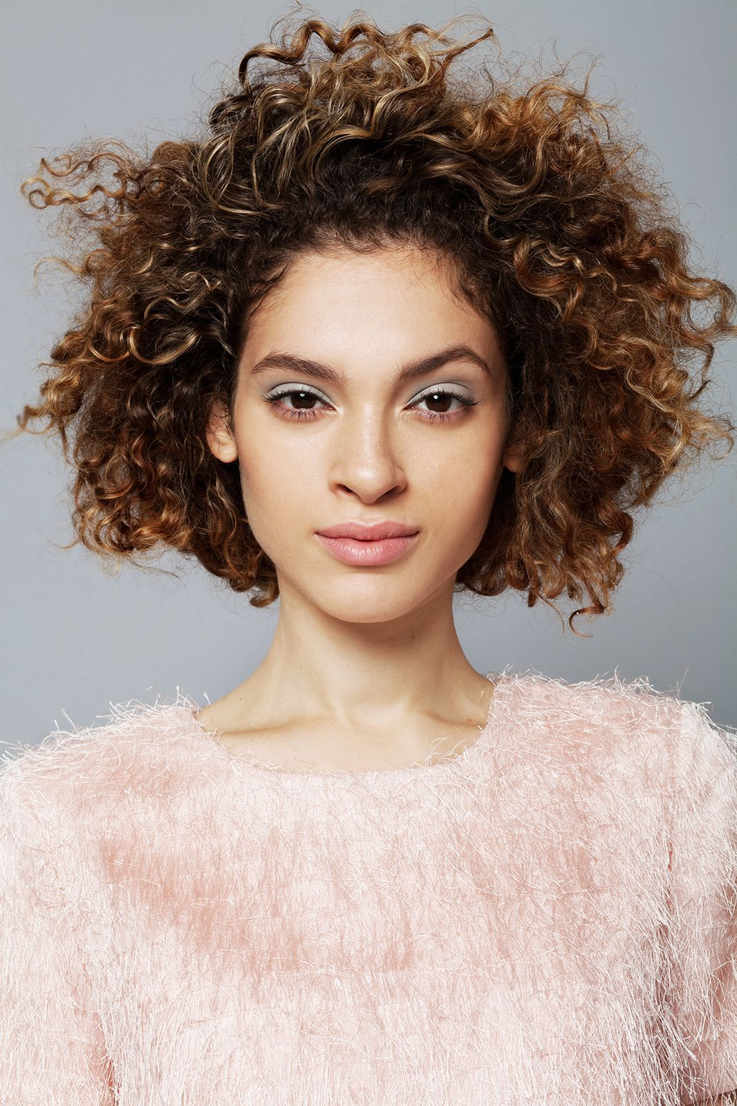 chic u easy styles for girls with curls curly hair pinterest