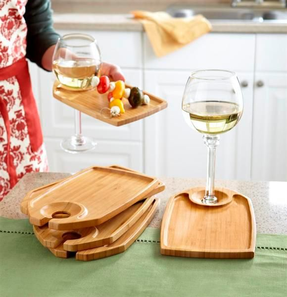 Ingenious bamboo party plates/wine glass holders...perfect for tapas! #C&oViejo & Ingenious bamboo party plates/wine glass holders...perfect for tapas ...