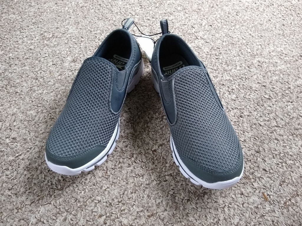 Crane Men's Memory Foam Walking Shoes