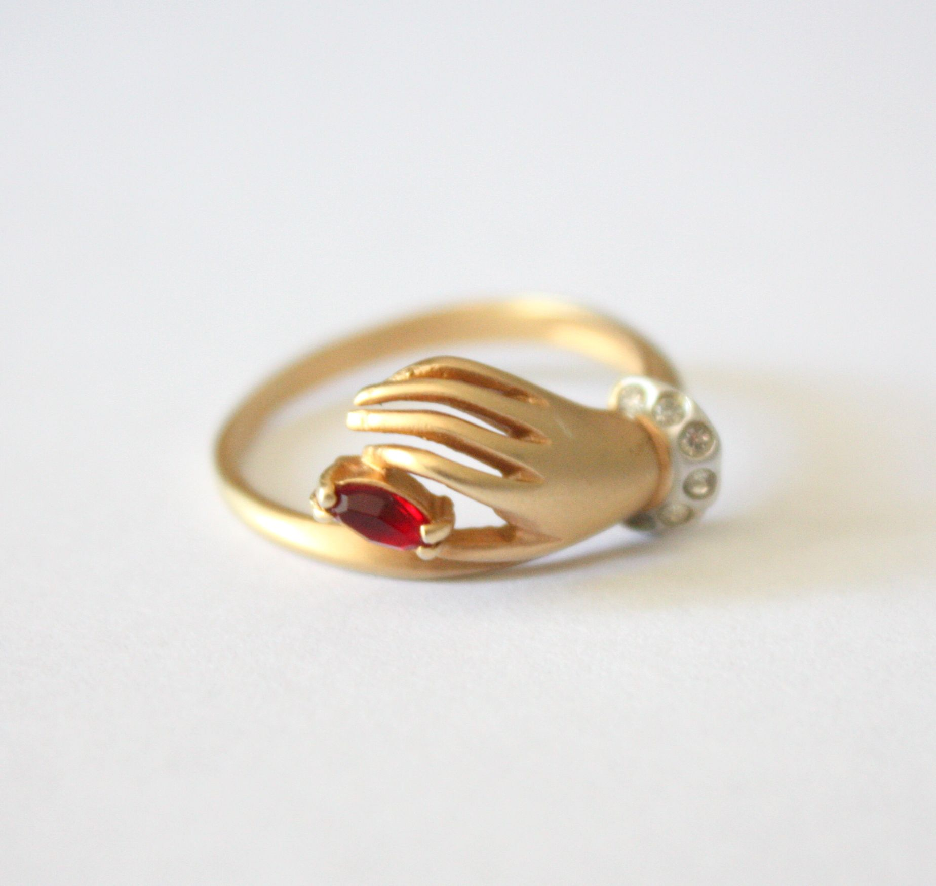 Vintage ruby hand ring kalmar ring and vintage
