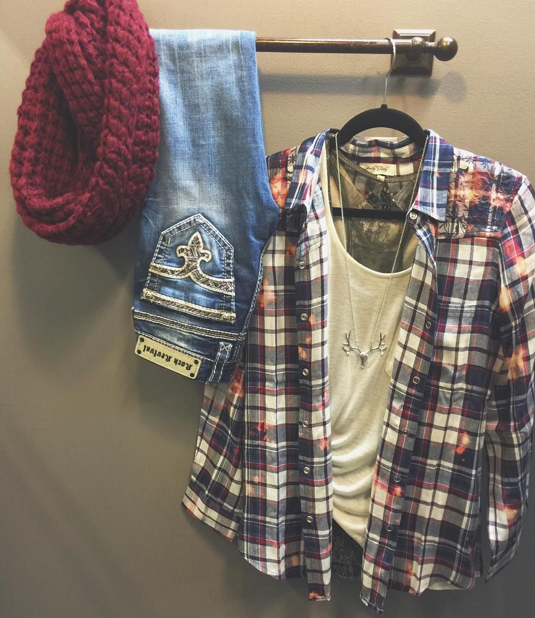 """""""We're mad for P L A I D ♡  Navy & Burgundy Flannel $44 Cashmere Blend Tee $50 Lace Layering Tank $40 Steerhead Necklace $16 Rock Revival sun Skinny $159…"""""""