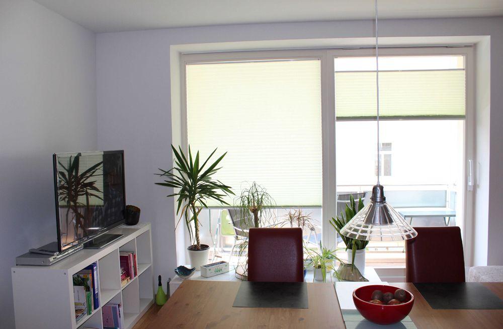 Blendschutz plissees im wohnzimmer pleated blinds in the - Plissee wohnzimmer ...