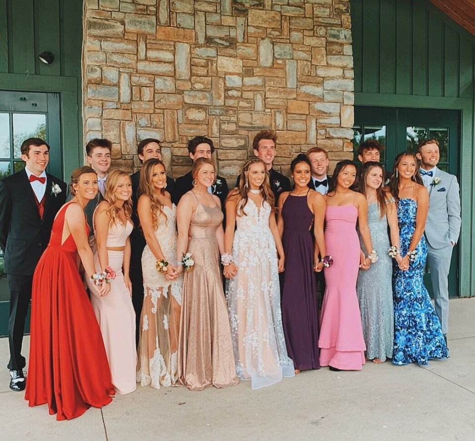 Vsco Cecestroker Prom Dresses Prom Picture Poses Prom Poses [ 893 x 960 Pixel ]