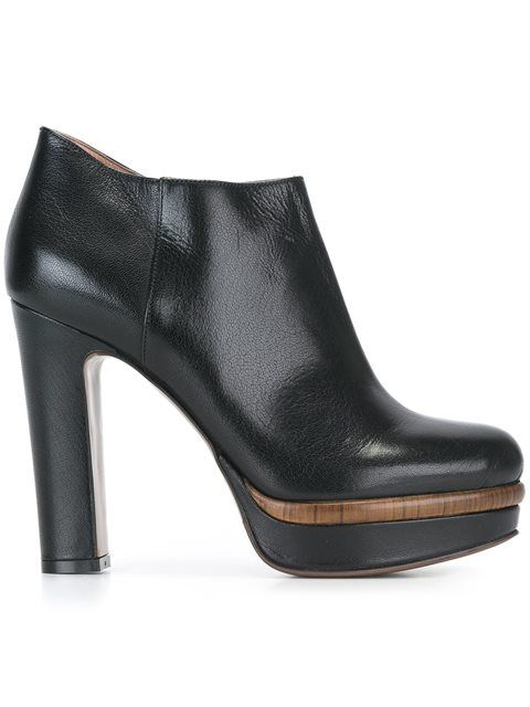 Shop L'Autre Chose ankle boots in Divo from the world's best independent boutiques at farfetch.com. Shop 400 boutiques at one address.