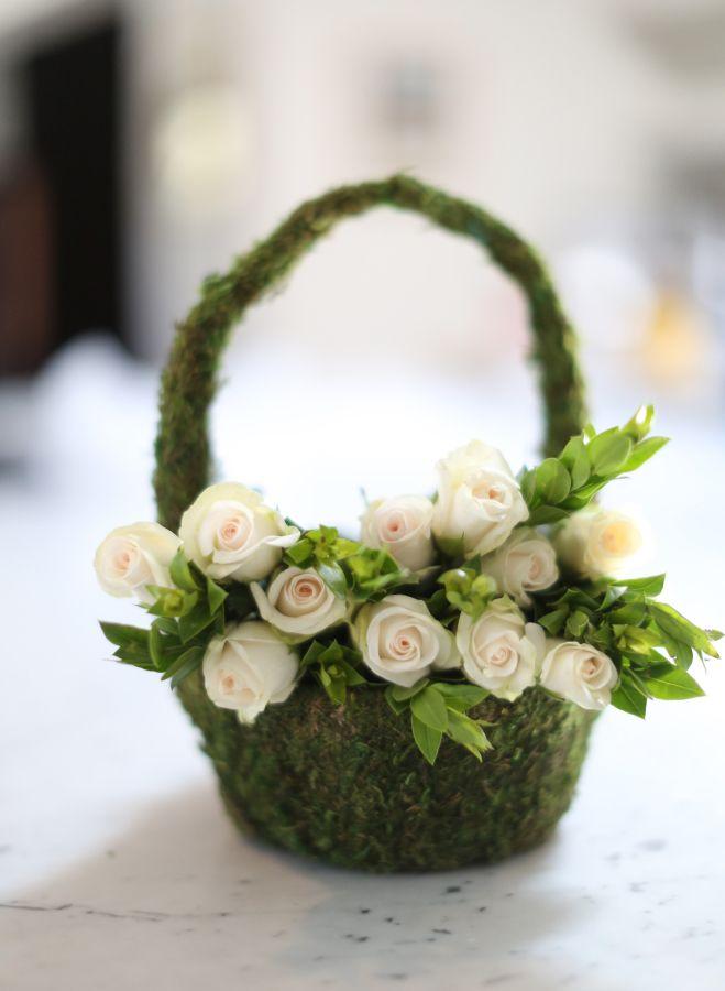A Dreamy Destination Wedding That Walks On The Wild Side Simple Wedding Flowers Yellow Wedding Flowers Peach Wedding Flowers