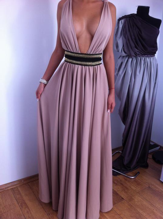 If I had big, fake, perfect, perky boobs.... I would totally rock this dress!!
