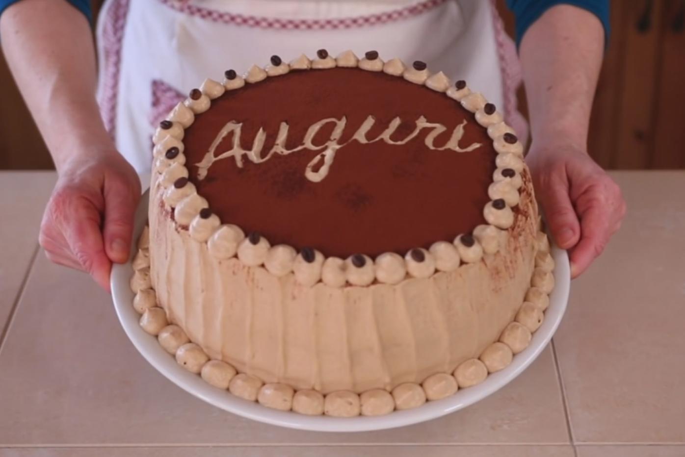 Torte Di Compleanno Mille Idee E Ricette Facili Fatto In Casa Da Benedetta Torte Di Compleanno Torte Di Compleanno Fatte In Casa Ricette