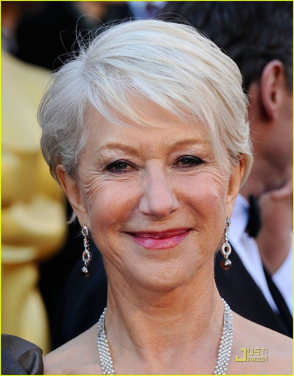 helen mirren - oscars 2011 red carpet | 2011 oscars, helen
