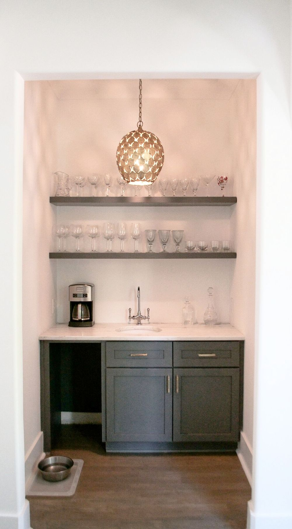 Stunning Wet Bar Design Featuring Opening Shelving And