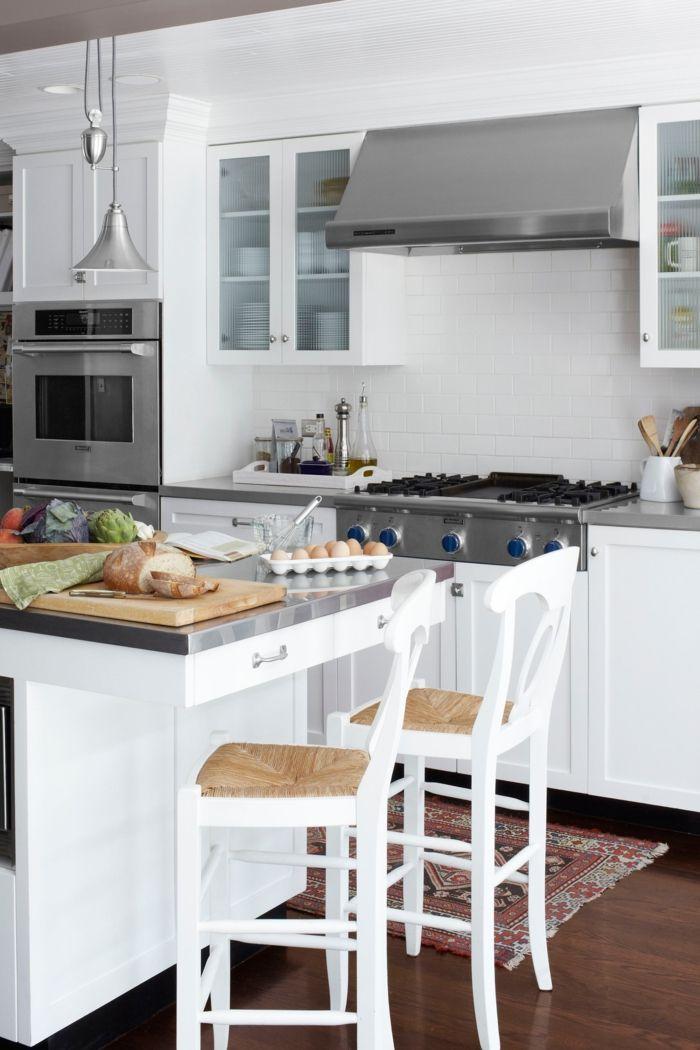 Cocina peque a en colores blanco y gris y esquina comedor for Barra bar moderna