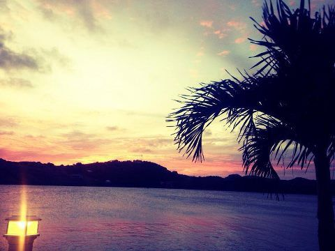 A lovely sunset photo taken at the St. James's Club in #Antigua. Pure heaven...