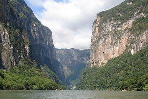 Top 10 Natural Wonders of Mexico: Sumidero Canyon