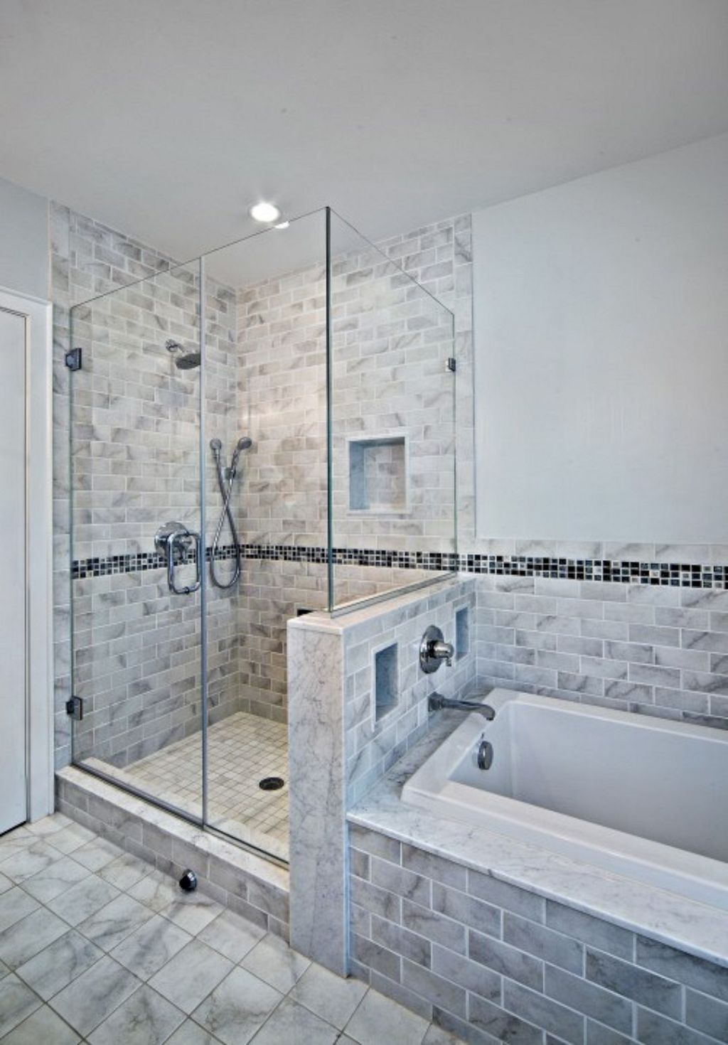 The Best Diy Master Bathroom Ideas Remodel On A Budget No 07 Bathrooms Remodel Master Bathroom Modern Bathroom Tile