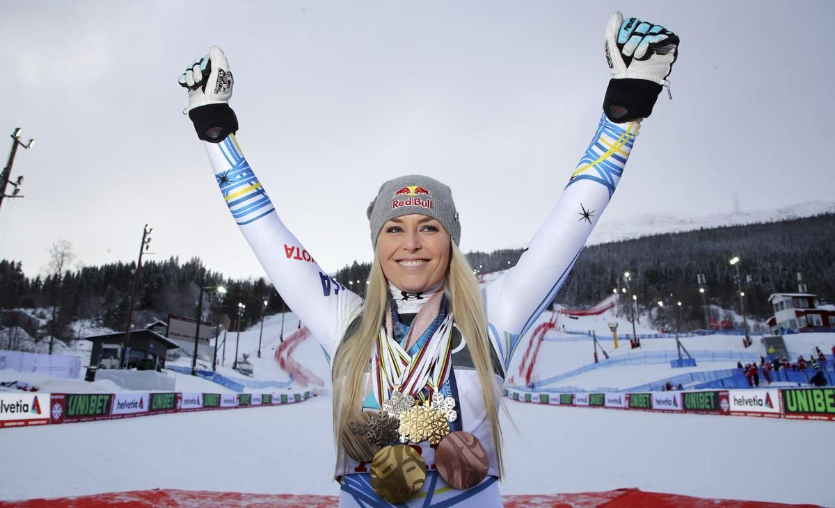 Today's top pics In last run of career Vonn wins medal