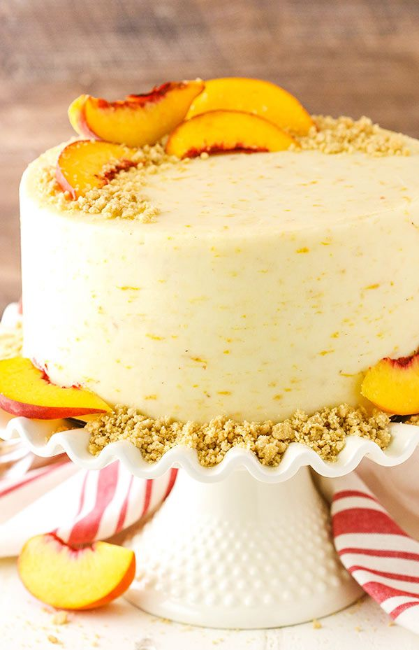 Brown Sugar Layer Cake with Peach Filling is part of Peach desserts - This Brown Sugar Layer Cake with Peach Filling is made with layers of moist brown sugar cake, fresh peach filling and peach mascarpone frosting!