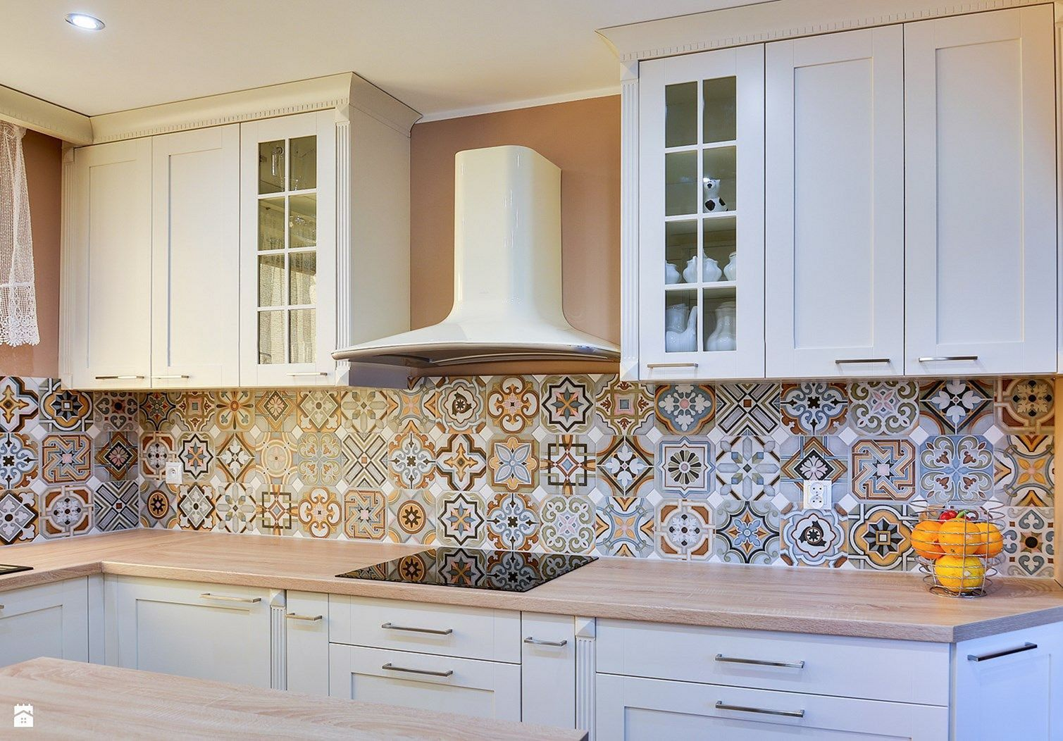 10 Beautiful Backsplash Kitchen Design For Fun Cooking Ideas Kitchen Backsplash Trends Kitchen Backsplash Designs Mosaic Tile Kitchen