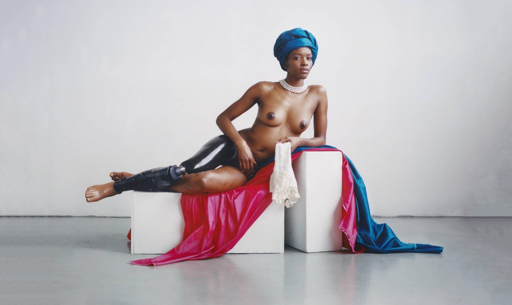 Kiara Roberts, @ihartericka, perdió una pierna en un accidente cuando era niña. Hoy es modelo y activista por la igualdad de las personas con discapacidad. Maquillaje de @agussuga_mua
