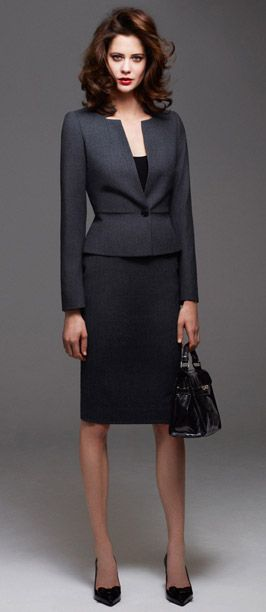 Skirt Suit City Working Grey Looking Fabulous Classic Elegance
