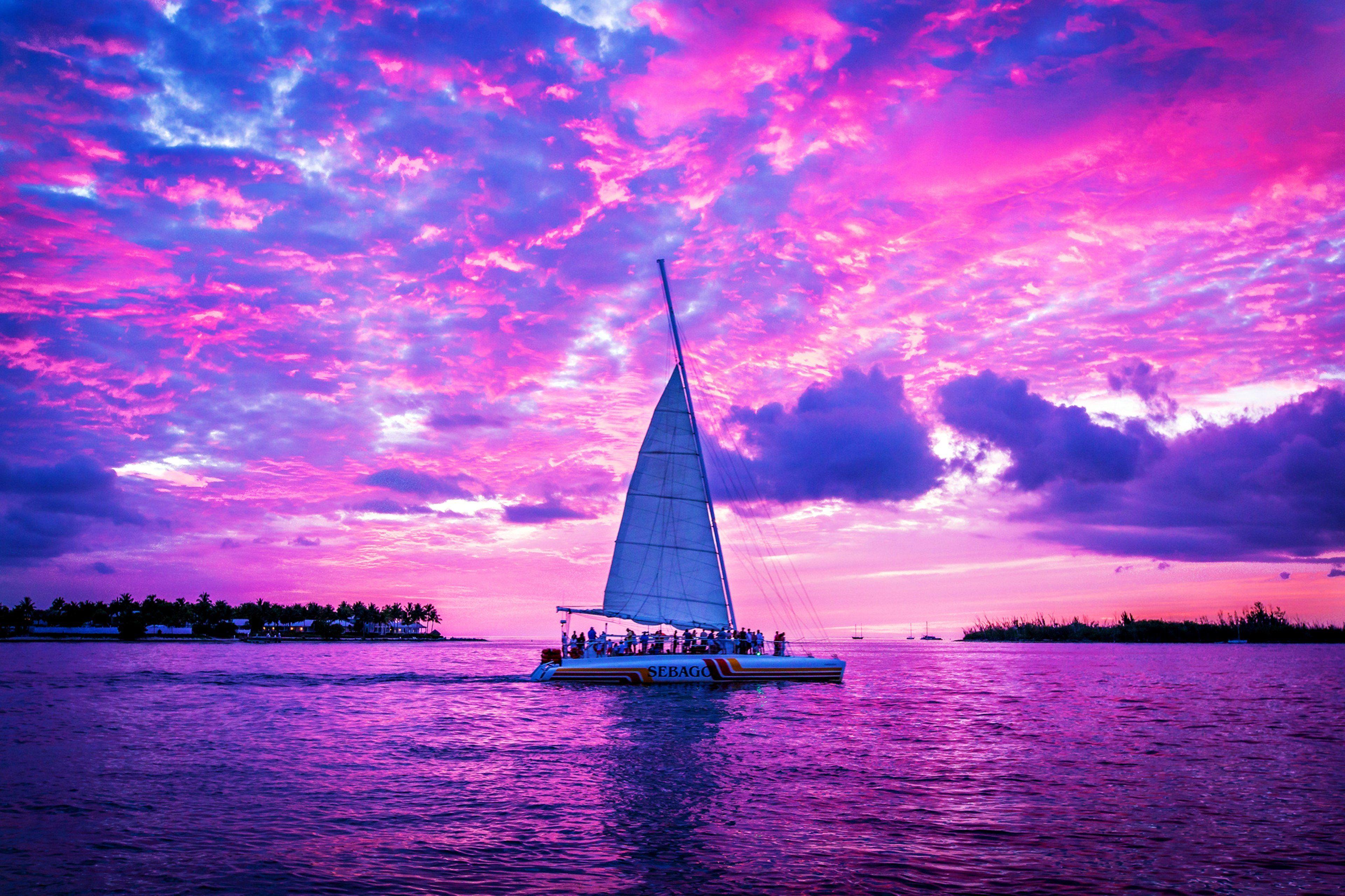 императрица, королева картинка лодка цвета неба этого