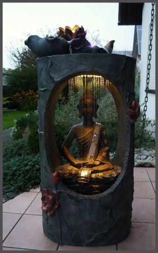XXL BUDDHA Brunnen Gartenbrunnen Wasserwand 117 Cm Ho LED Licht U Nebelfunktion